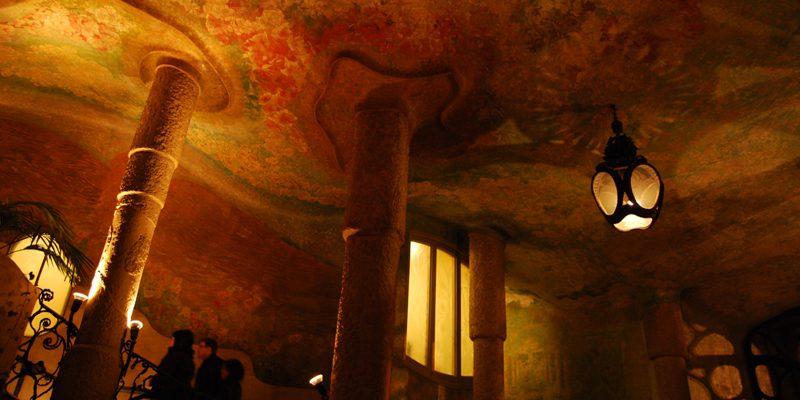天井画 カサ・ミラ アントニ・ガウディ – Ceiling painting of Casa Milà, Antoni Gaudi