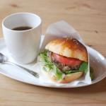 小豆島のこまめ食堂「オリーブ・ビーフ・バーガー」OLIVE BEEF BURGER