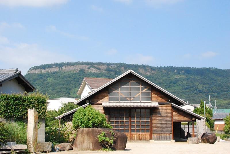 庵治石のまち牟礼(むれ)に佇む美術館。「イサムノグチ庭園美術館」  The Isamu Noguchi Garden Museum Japan