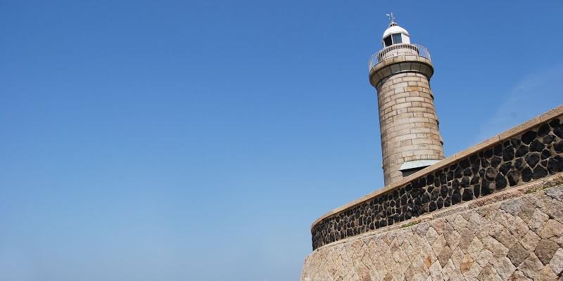 日本に2つしかない石造りの灯台。男木島灯台 The stone lighthouse at Ogi island