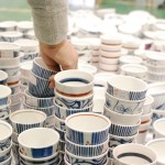 【写真レポート】砥部焼祭り- Blue and milk white Tobe-yaki pottery