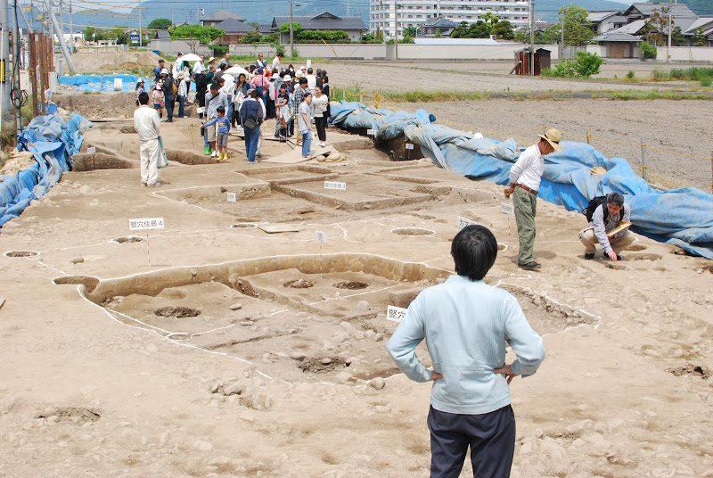 約2000年前の讃岐平野のお墓から7つの水晶が出土! 「太田原高須西遺跡」 Otawara Takamatsu antiquity