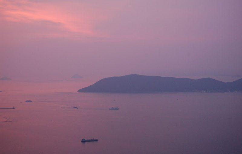 瀬戸内にきたら見てほしい景色「瀬戸の夕凪」 evening calm at Seto Inland Sea