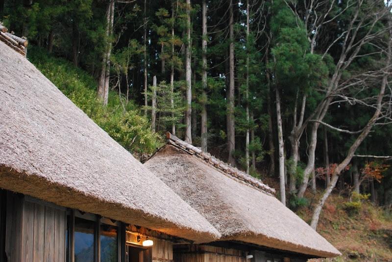 祖谷・落合集落の古民家宿「浮生・晴耕・雨読」 The inns of lotus land in Shikoku
