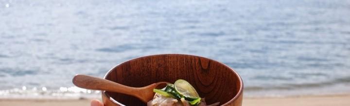 【写真レポート】 物語のある島スープを食べに本島へ – Island soup Honjima by Eat and Art Taro