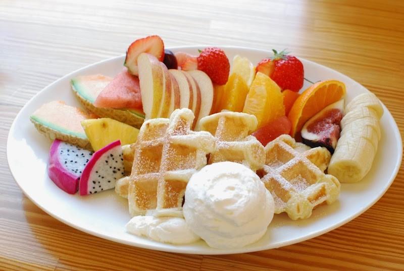 くだもの屋のフルーツカフェ「はまきた珈琲」 – Fruit Cafe 「Hamakita Coffee」