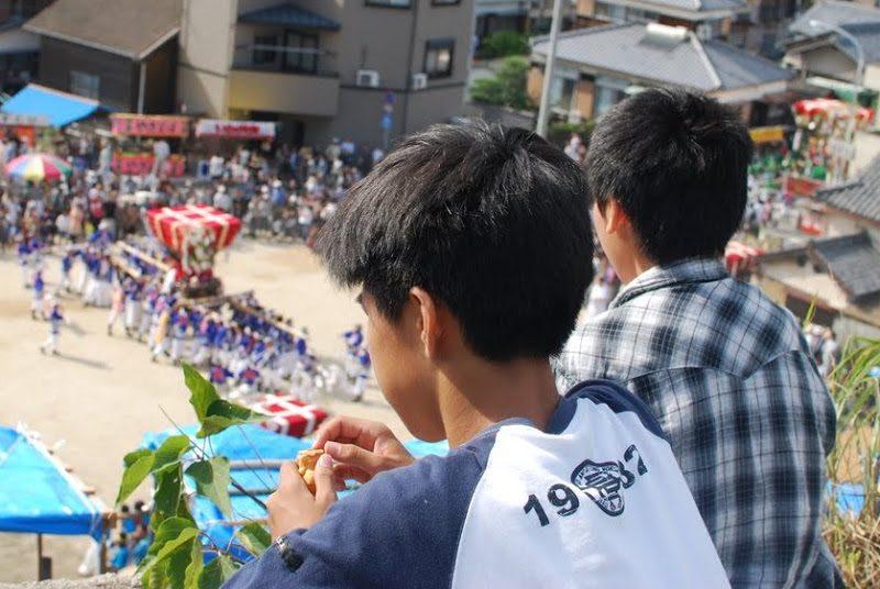 【小豆島】池田の桟敷。江戸時代に築かれた石垣でみる秋祭り – [Shodoshima 16th Oct.] The autumn festival at stone wall in Shodo island