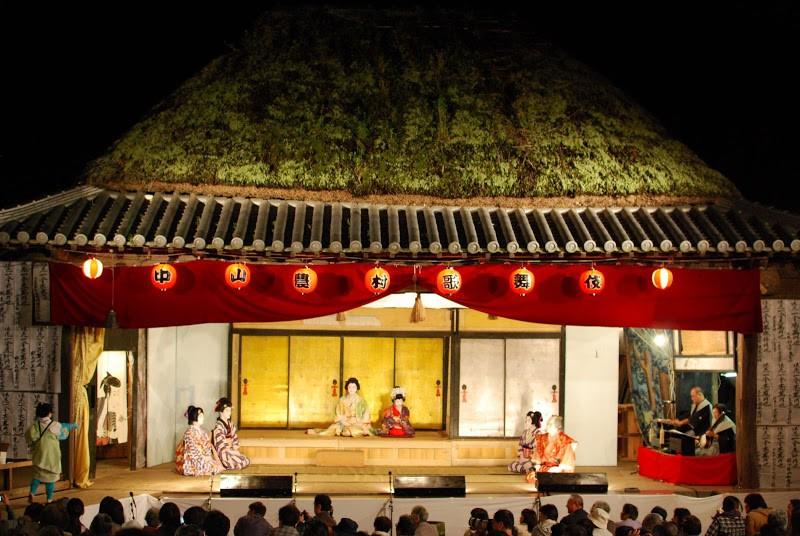 江戸時代から残る小豆島の地芝居「肥土山農村歌舞伎」「中山農村歌舞伎」The village kabuki performance at Shodoshima island