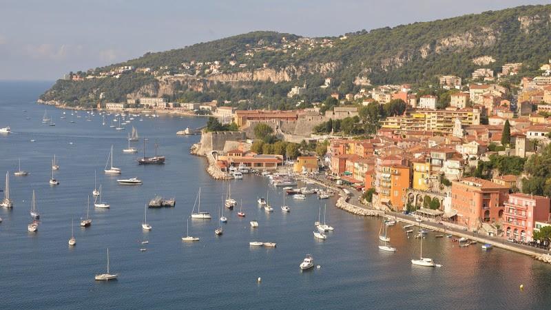 ヴィルフランシュ=シュル=メール Villefranche-sur-Mer, Côte d'Azur, France