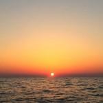 太平洋上からみた朝日