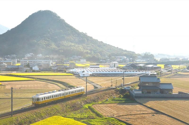 香川の山は『まんが日本昔ばなし』に登場するようなおむすび山