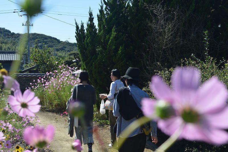 休島日の豊島を歩く – Walking Teshima island