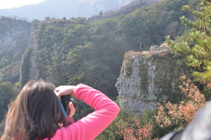江戸の観光案内図をみながら小豆島・寒霞渓(かんかけい)を歩く Walk in Kankakei gorge of Shodoshima island