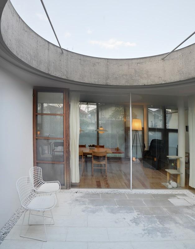 武智和臣さん設計、松山・衣山の家 House of Kinuyama designed by Kazutomi Takechi