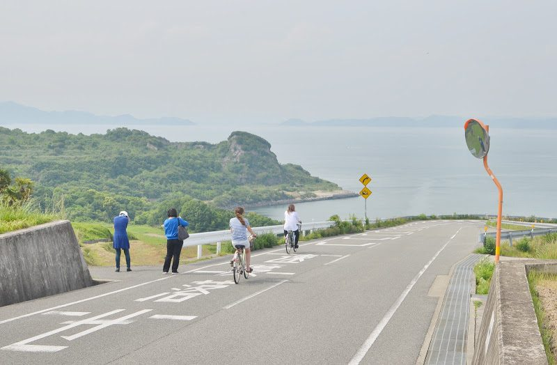 豊島を歩く Walking in Teshima island