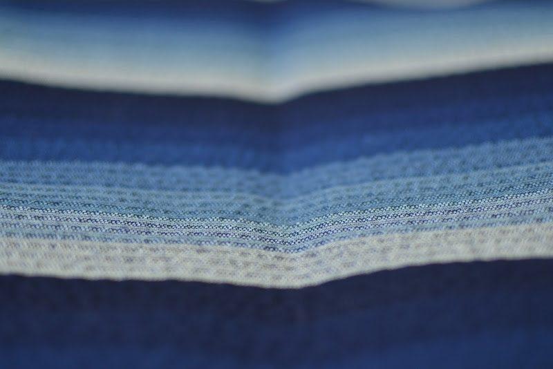 ジャパン・ブルーが織りなす二拍子「阿波しじら織り」Awa Shijira Weaving