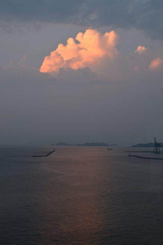 瀬戸内海、夏の雲