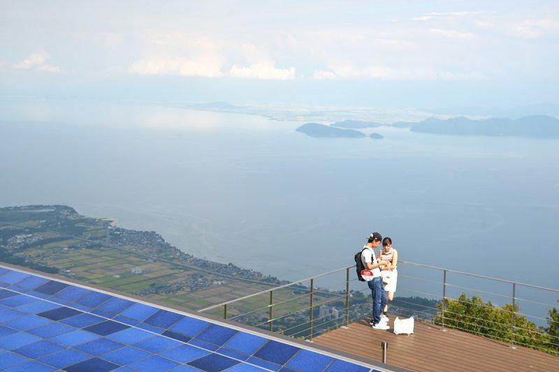 標高1,100mからの琵琶湖の絶景「びわ湖テラス」 THE BIWAKO TERRACE