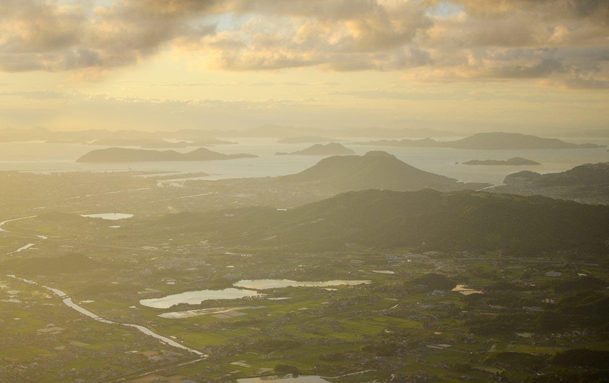 讃岐平野 上空