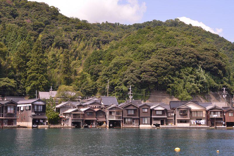 海とともにある京都の暮らし「伊根の舟屋」Funaya old houses stand at Ine bay, Kyoto