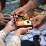 分かち合うコミュニティの形。小豆島のわりご弁当