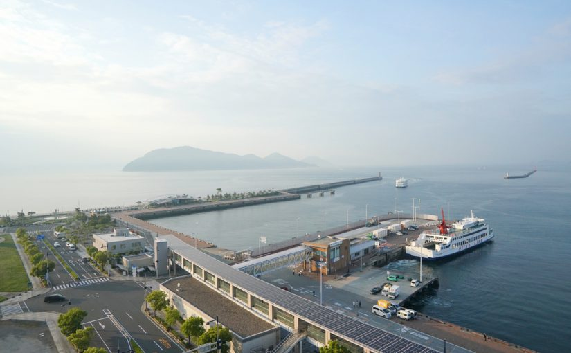 【香川・2019年夏】高松港に10万トン超級の大型クルーズ船が初寄港