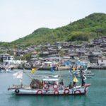 """男木島、心躍る、踊り込み – """"Odorikomi"""" boat parade festival at Ogijima island"""