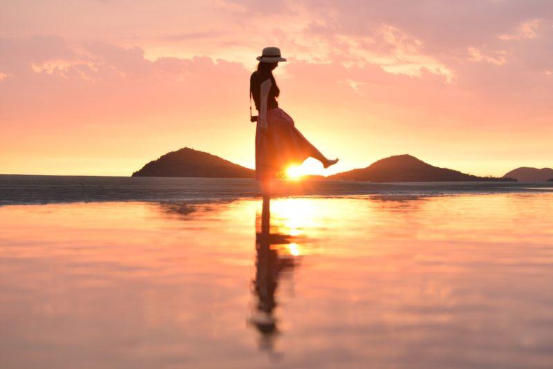 【5/31まで立入禁止】仁尾の父母ヶ浜(ちちぶがはま)が美しい – [No entry until May 31] Beautiful sunset of Chichibugahama beach