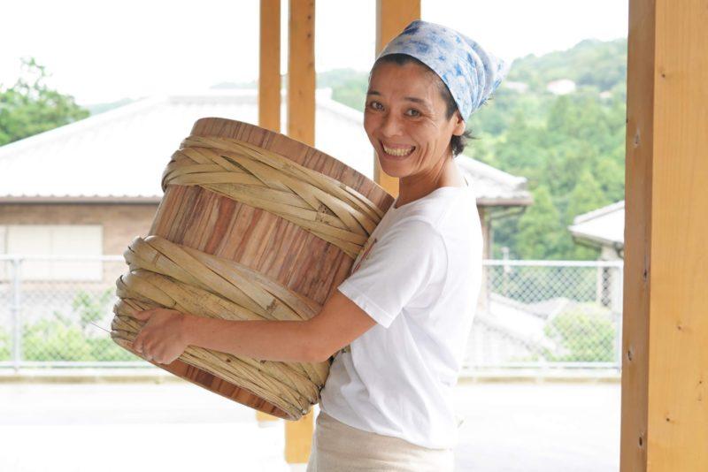 食べる竹!木桶でつくるメンマがうまい!