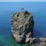 【愛媛】1200年以上前の物語を残す伊予灘に浮かぶ『網掛岩』  – [Ehime] Tsunakakeiwa Rock, Mishima shrine