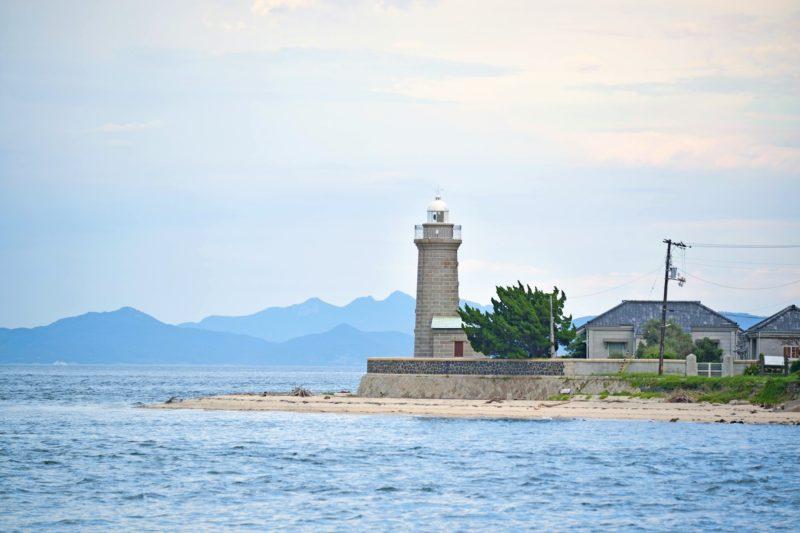 日本に3つしかない無塗装石造りの灯台。男木島灯台 – The stone lighthouse at Ogi island